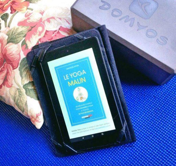 livre de yoga pratique à la maison Yoga Malin Mathilde Piton brique de yoga tapis de yoga
